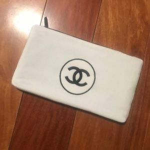 NEW CHANEL Makeup Bag w/ like-new retail wrapping!